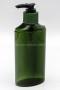 MP77CM ขวดปั๊มครีมสีเขียวใสพร้อมโลโก้นูนบนขวด และ ปั๊มสีเขียวสลับดำ (3)